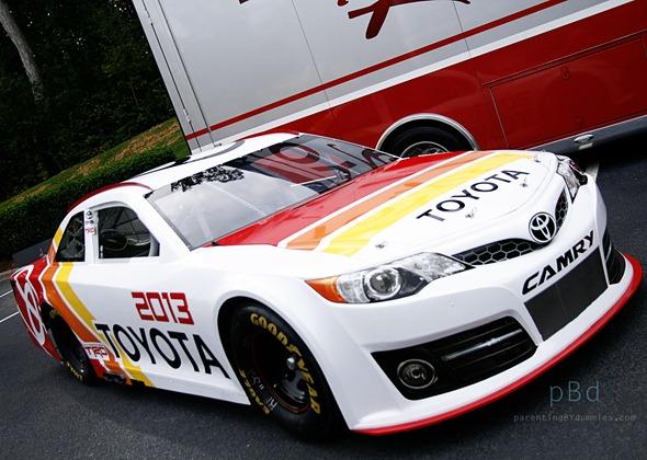 2013 toyota camry racing photo