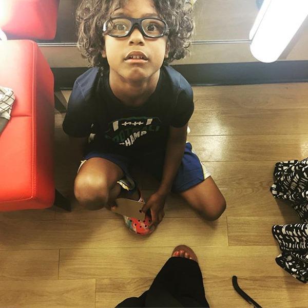 shopping kid