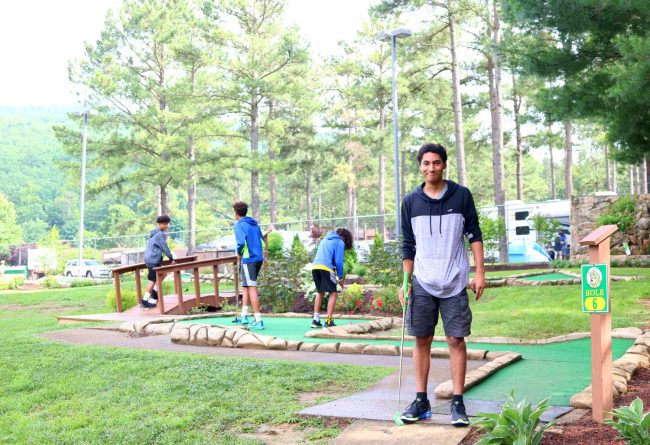 Yogi Bear's Jellystone Camp Luray Mini Golf