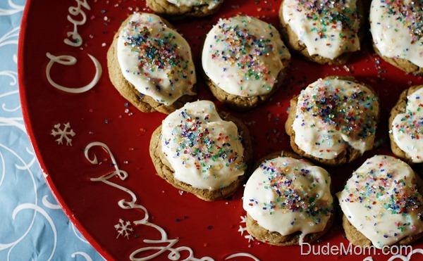 Best Christmas Cookies: Iced Gingerbread