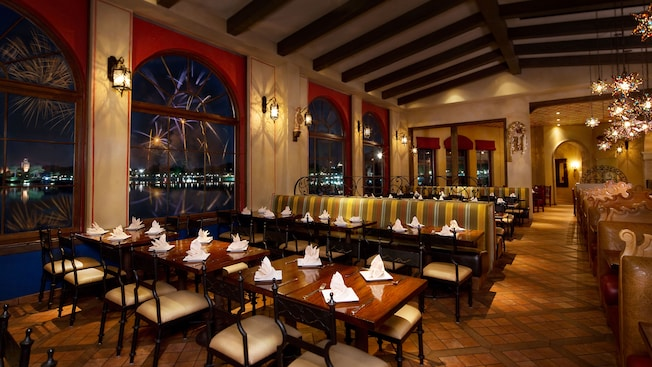 Best Places to Eat in Disney World Epcot: La Hacienda