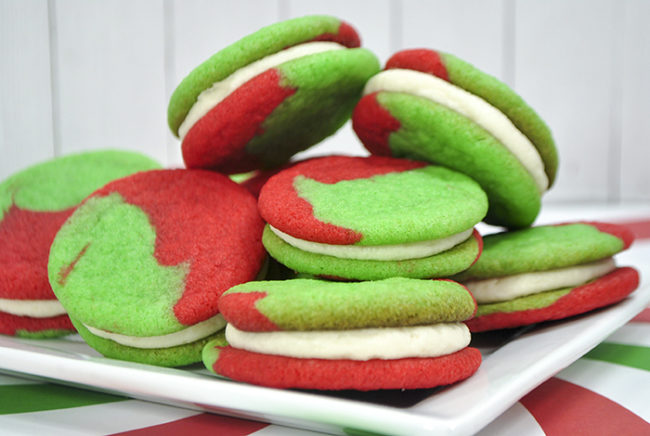 Christmas Cookies: Grinch Sandwich Cookies